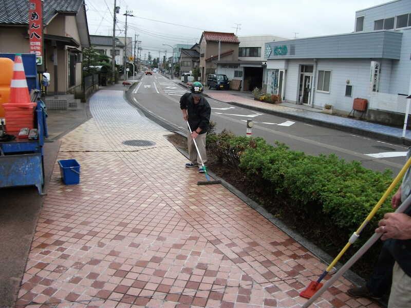 富山市舗道の滑り止め施工